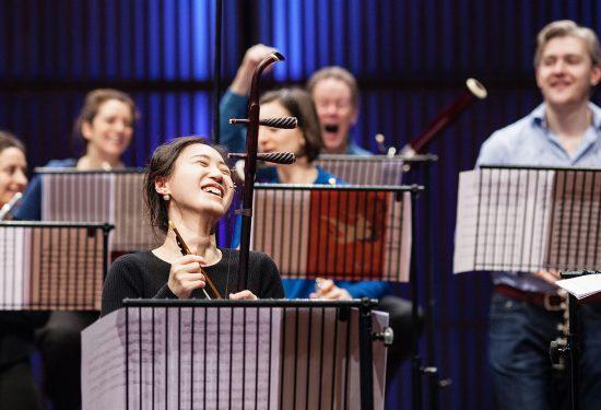 2. orkest lacht